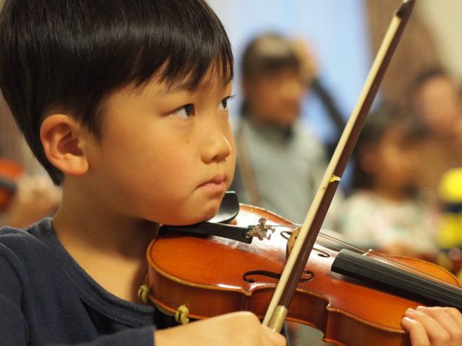 ヴァイオリンアンサンブルの練習